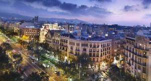 Магазини Барселони переходять на цілодобову роботу