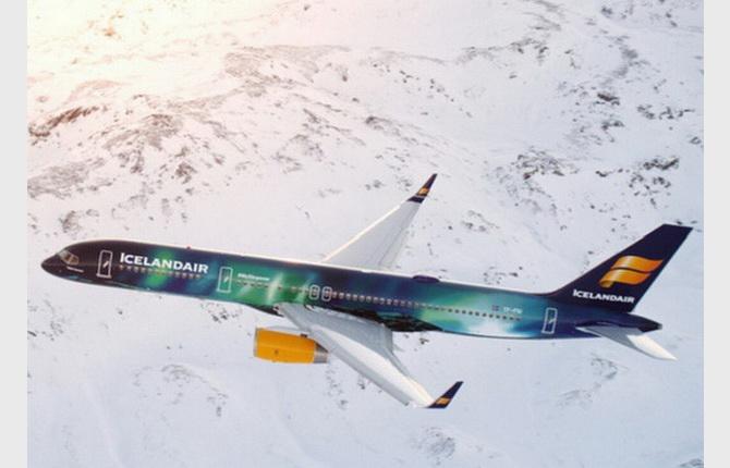 літак авіакомпанії Icelandair