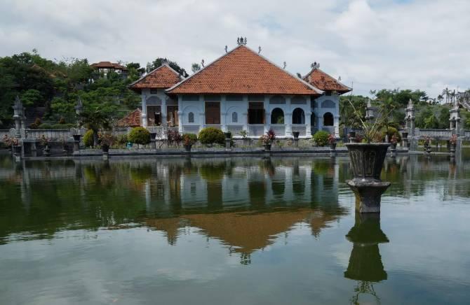Балі - найбільш розвинений курорт Індонезії