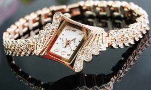 наручний жіночий годинник