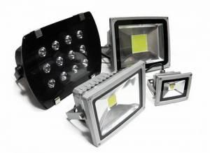 Чим відрізняється якісний світлодіодний прожектор від неякісного
