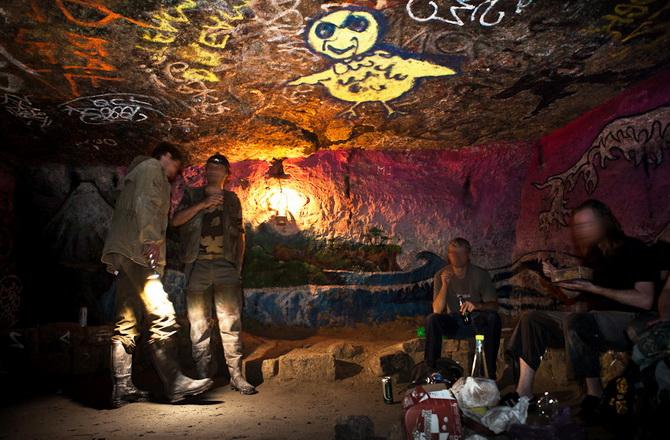 Сучасні катафіли паризьких катакомб