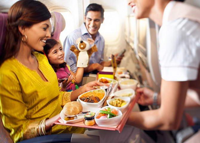вегетаріанську їжу можна замовити і в літаку