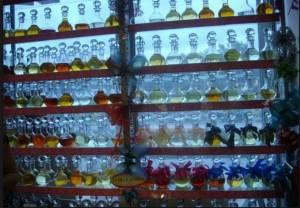 Разливная парфюмерия и флаконы для духов