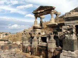 По розкопках древньої Трої можуть пройти туристи