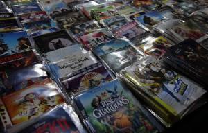 Хотите смотреть фильмы в хорошем качестве? Тогда приобретайте лицензионные диски