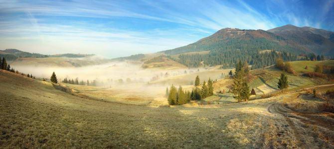 Карпатские горы в осенний сезон