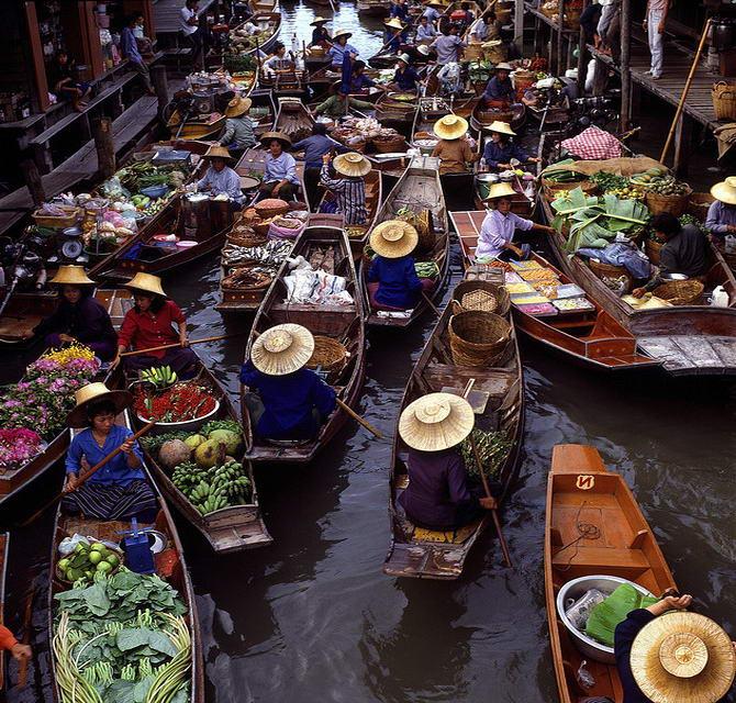 плавучий ринок Ратчабурі