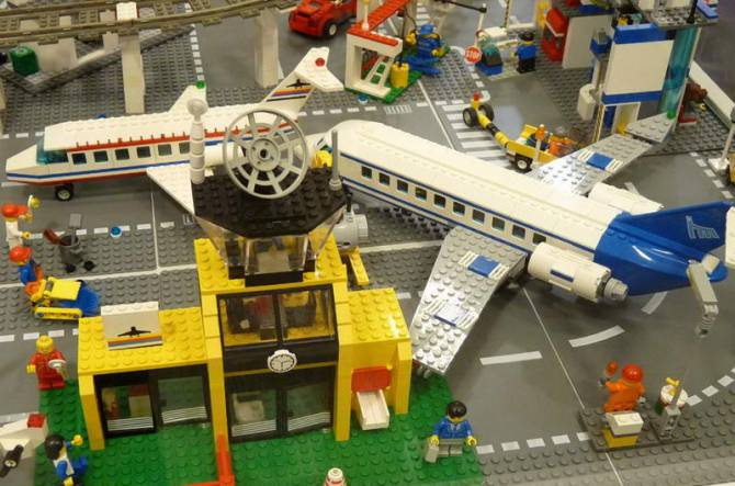 Музей Lego в Празі - космос
