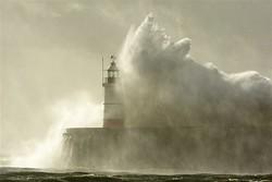 Над Британією бушує ураган *Ебігейл*