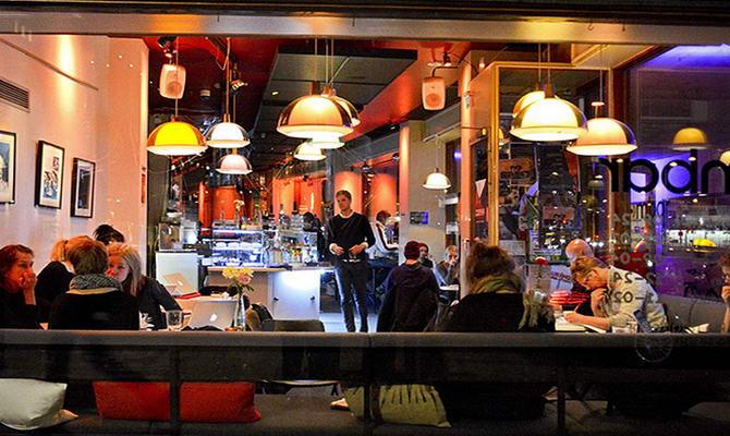 нічне життя міста Хельсінкі