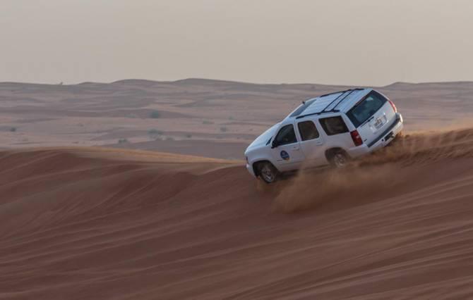 джип-сафарі по пустелі в ОАЕ