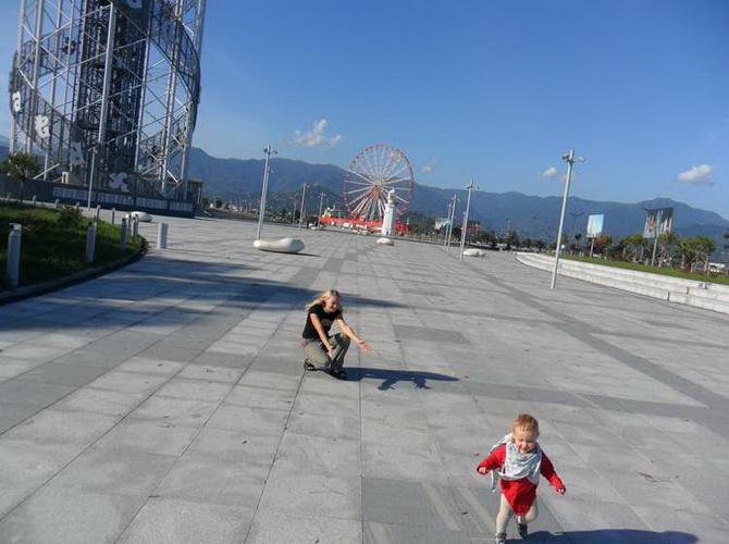 Набережна Батумі - ідеальне місце для прогулянок з дітьми