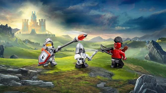 Lego Nexo Knights і його бойовий кінь