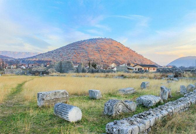 Місто Дукля. Чорногорія