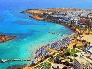 Кращі пляжі Протараса: 6 найвідоміших місць для відпочинку