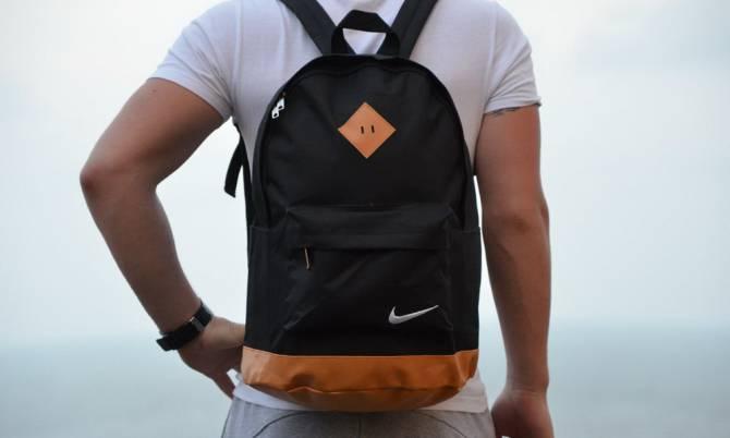 минималистичный молодежный рюкзак