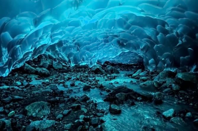 Крижані Печери Менденхолл (Аляска)