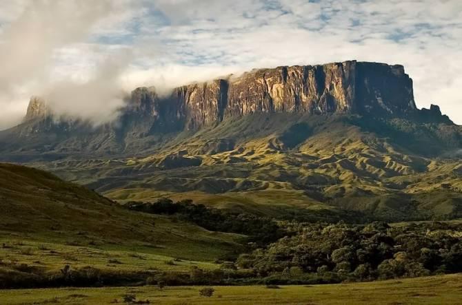 Гора Рорайма (Бразилія)