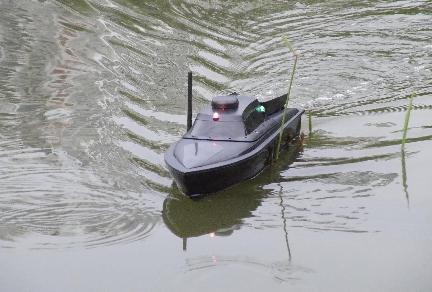 кораблик для завоза прикормки и снастей цена