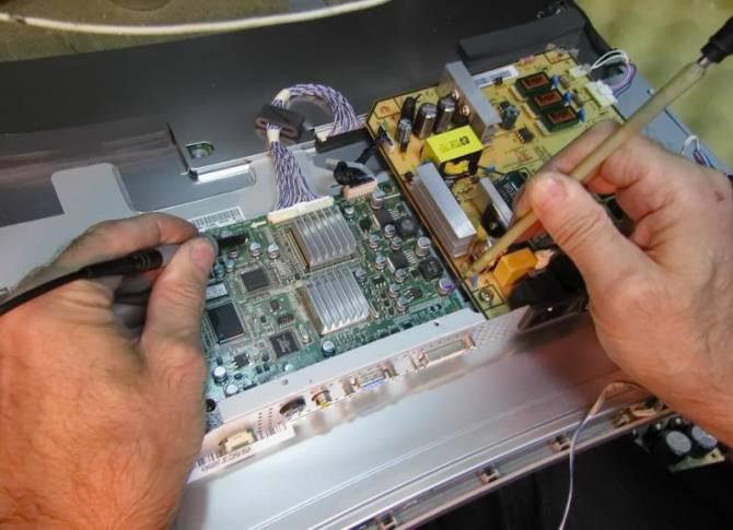 ремонт моніторів Lenovo