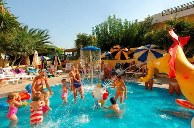 развлекательные мероприятия в отелях Греции