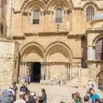 У Єрусалимі туристи залишилися без головної пам'ятки: Храм Труни Господня закритий «за несплату»