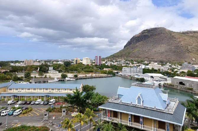 нерухомість на Маврикії