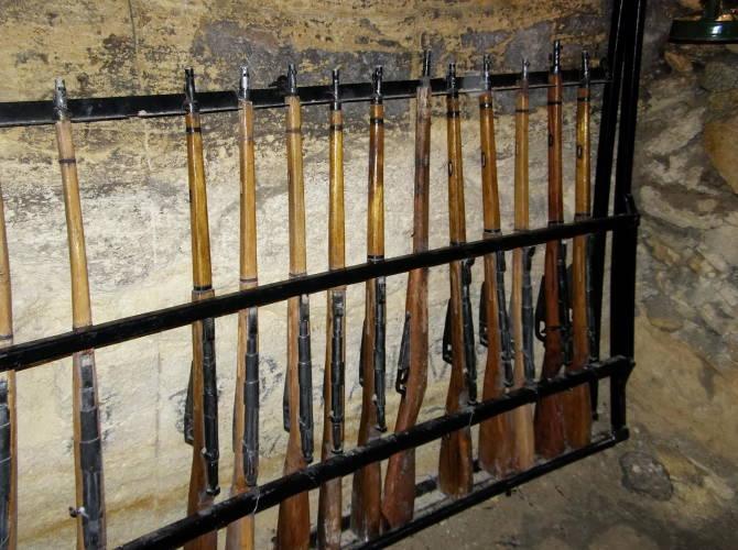 Фото: зброя в катакомбах Одеси