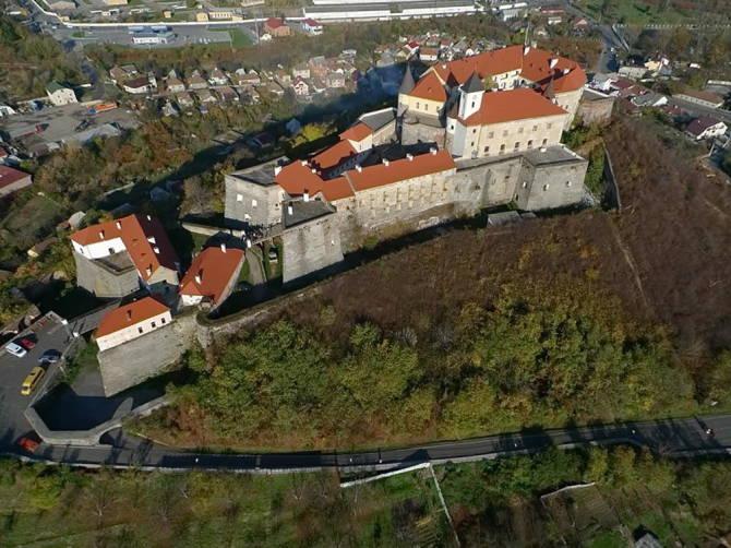 фото: Замок Паланок біля Мукачева