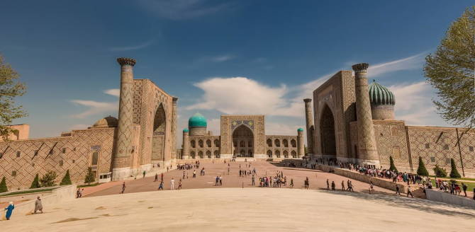 Узбекистан. Регистан в Самарканде