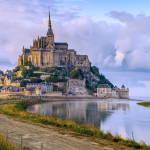 Поліція евакуювала туристів з французького абатства Мон-Сен-Мішель із-за погроз невідомого