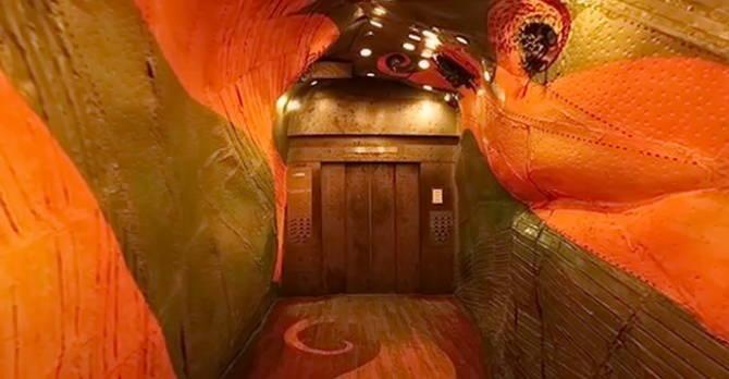 ліфт в бізнес-центрі Нью-Йорка
