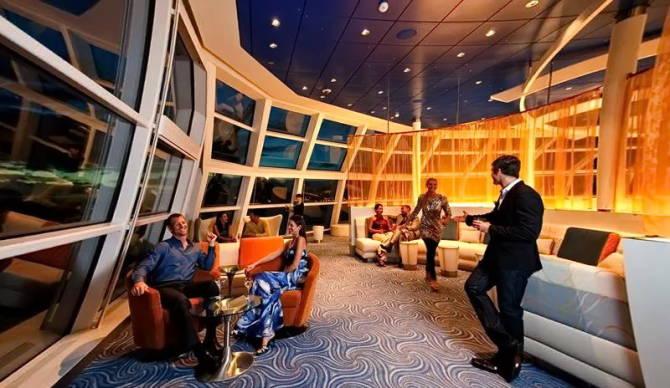 бар Sky 21 Lounge