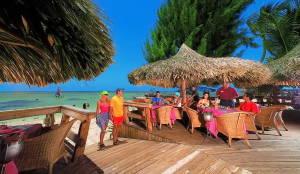 Готелі Домінікани міняють правила безпеки із-за серії смертей туристів