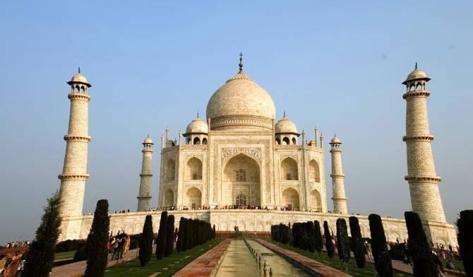 мавзолей Тадж-Махал в Індії