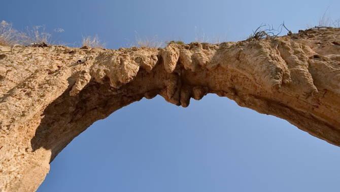 акведук в Греції