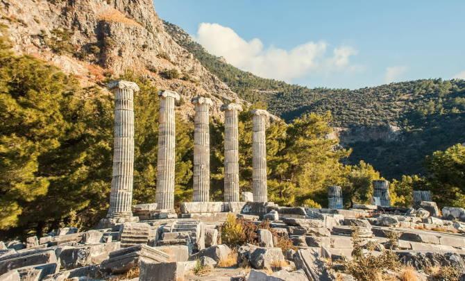 Прієна - храм Афіни