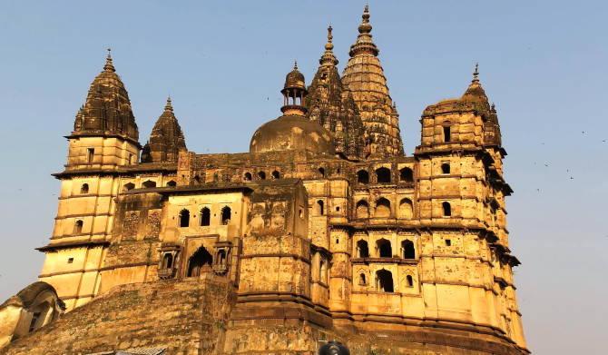 храм Chattarbhuj. Каджурахо