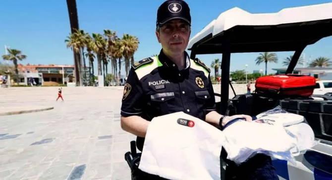 крадійство на пляжах Барселони