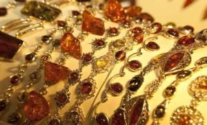 Наш магазин янтарных изделий сможет предложить вам большой ассортимент
