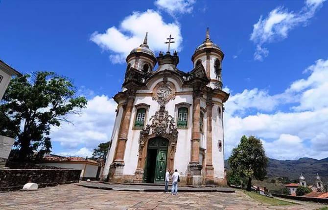 Церква Сан-Франсіску-де-Ассіс (Ору-Прету, Бразилія)