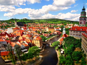 Українці назвали кращі країни для першої поїздки за кордон