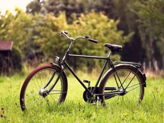дорожній велосипед
