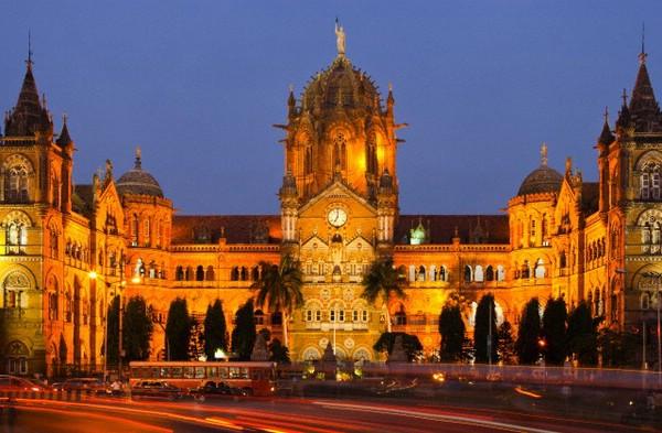вокзал Чхатрапаті-Шіваджі вночі