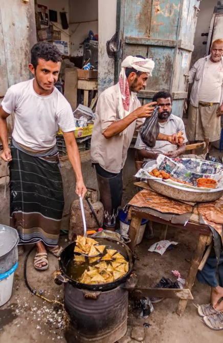 пиріжки на вулицях міста Забід