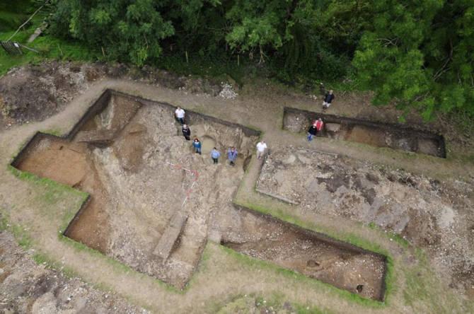 розкопки Блухенджа