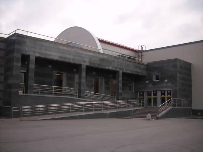 пандус на входе в метрополитен