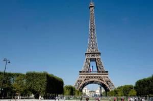 Париж обганяє Лондон як найпопулярніше туристичне місто Європи