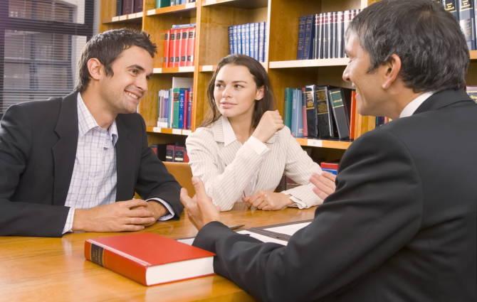 профессиональная помощь юриста консультанта